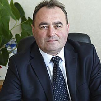 Игорь Шустов