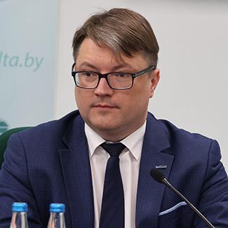 Олег Седельник
