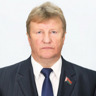 Анатолий Лукашов