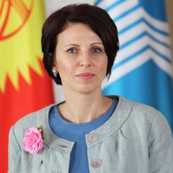 Елена Шамаль