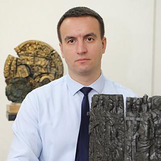 Константин Костюченко
