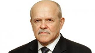 Депутатом должен быть человек с активной жизненной позицией, решающий проблемы людей