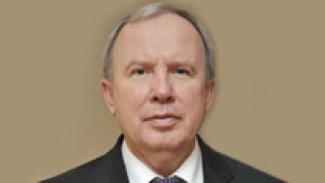 Рост зарплат в социальной сфере возможен за счет развития внебюджетной деятельности - Василий Жарко