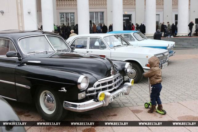 Ярмарка антикварных и коллекционных предметов открылась в Гродно