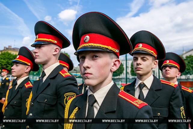 Выпускной прошел в Минском суворовском военном училище
