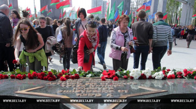 Памятный знак освободителям Беларуси от немецко-фашистских захватчиков открылся в Минске