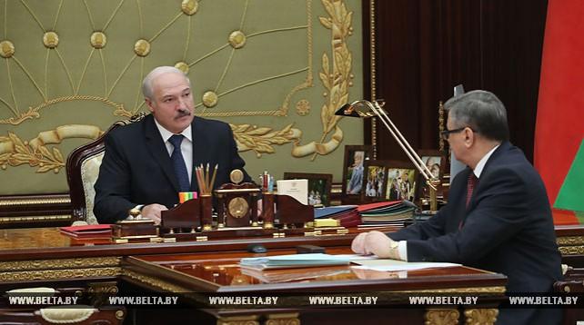 Лукашенко принял с докладом министра экономики