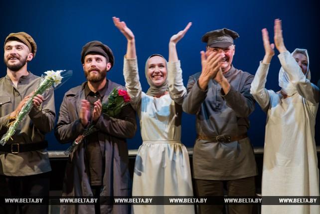 """Брестский театр кукол представил спектакль """"Новая земля"""""""