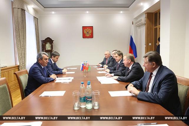 Кобяков встретился с полномочным представителем президента России в Сибирском федеральном округе
