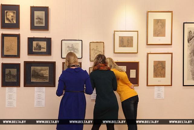 Более 300 графических работ польских художников представили на выставке в Гомеле