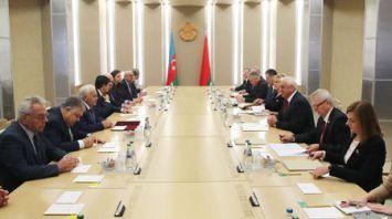 Мясникович встретился с председателем Милли Меджлиса Азербайджана
