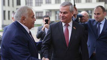 Андрейченко провел встречу с председателем Милли Меджлиса Азербайджана
