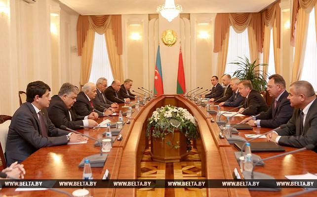 Кобяков встретился с председателем Милли Меджлиса Азербайджана