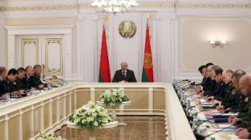 Лукашенко провел совещание с представителями силовых структур
