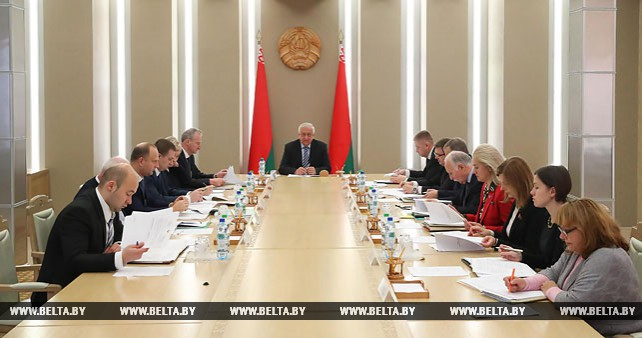 Совещание по совершенствованию научной сферы Беларуси прошло в Совете Республики