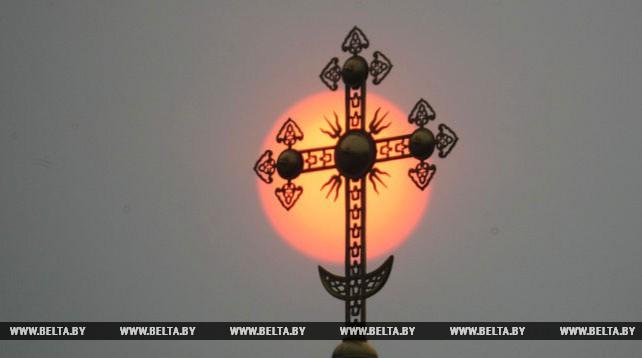 Необычный восход солнца наблюдали жители Гродно