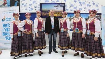 Олег Новицкий посетил белорусскую выставку на Всемирном фестивале молодежи в Сочи