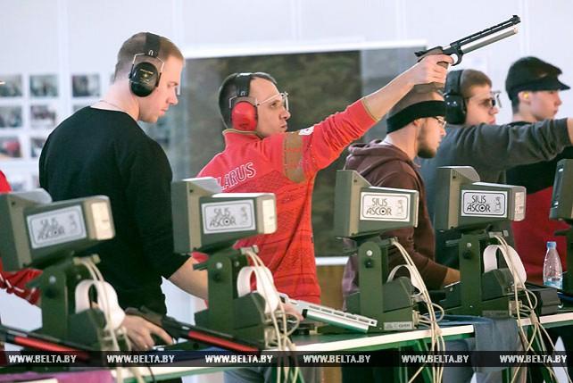 Международный турнир по пулевой стрельбе из пневматического оружия проходит в Бресте
