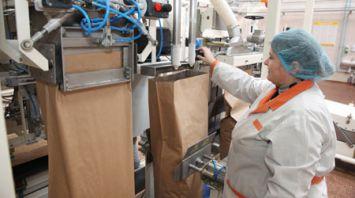 Новую линию по производству сухой деминерализованной сыворотки тестируют на Глубокском молочно-консервном комбинате