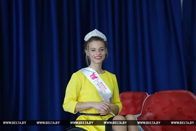 """""""Мисс мира на коляске - 2017"""" Александра Чичикова провела пресс-конференцию"""