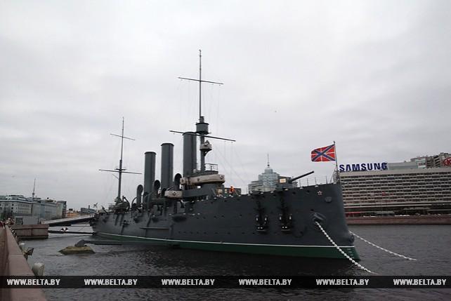 """Крейсер """"Аврора"""" - самый узнаваемый символ Октябрьской революции"""