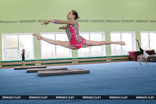 Гимнастка Ольга Мельник готовится к чемпионату мира по спортивной акробатике