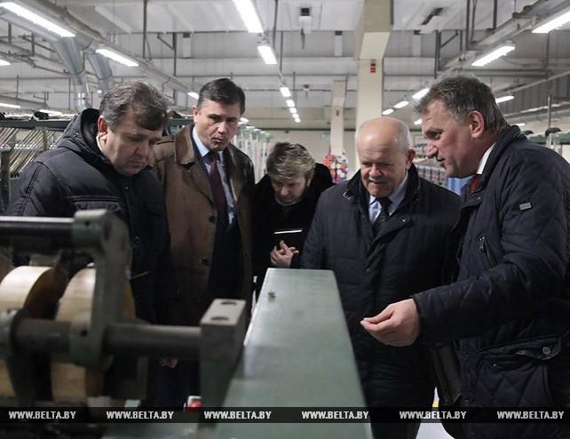 Анфимов ознакомился с ходом модернизации Оршанского льнокомбината