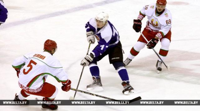 Хоккейная команда Президента Беларуси одержала победу над витебской дружиной