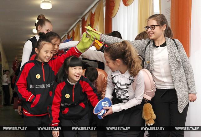 Китайские школьники посещают Могилевскую область