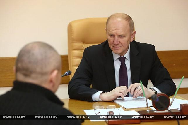 Владимир Кравцов провел прием граждан в Гродно
