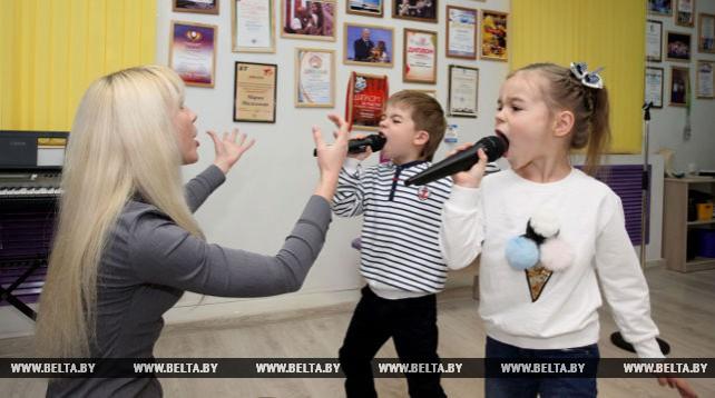 """Арт-студия вокала """"Ангелы добра"""" работает в Могилеве"""