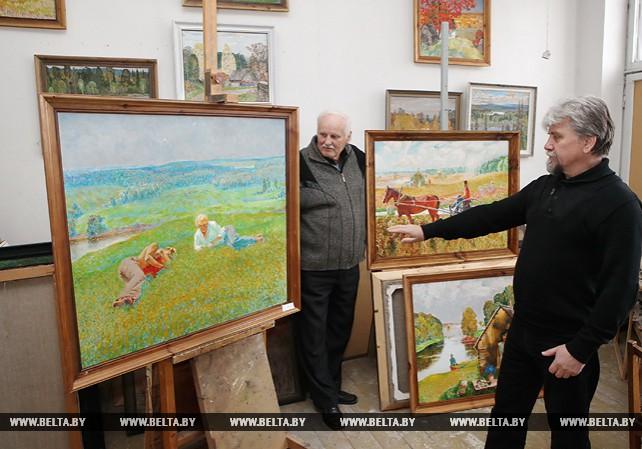Более чем 50-летний творческий путь прошли гомельские художники Роберт Ландарский и Александр Осипов