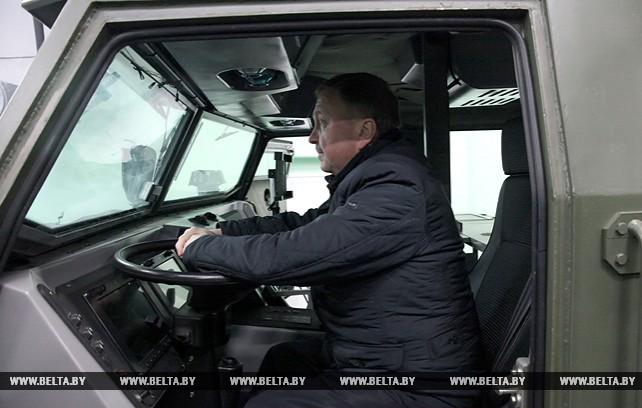 """Кобяков посетил ОАО """"Техника связи"""""""