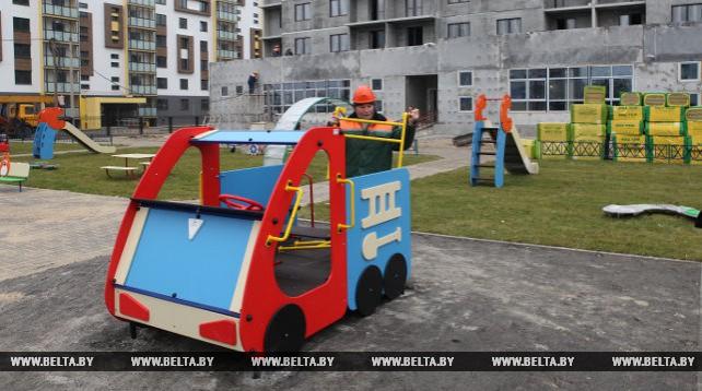Многоэтажный дом с детским садом на первом этаже будет сдан в эксплуатацию в Гомеле в декабре нынешнего года