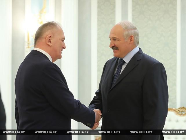 Лукашенко встретился с Чрезвычайным и Полномочным Послом Грузии в Беларуси Давидом Котария