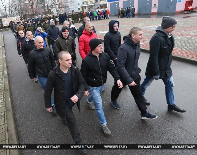 Около 11 тыс. новобранцев пополнят ряды Вооруженных Сил Беларуси в осенний призыв
