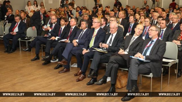 Макей и Габриэль приняли участие в Минском форуме-2017