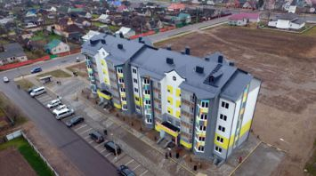 Построенный частным инвестором многоквартирный дом передан в собственность Любани
