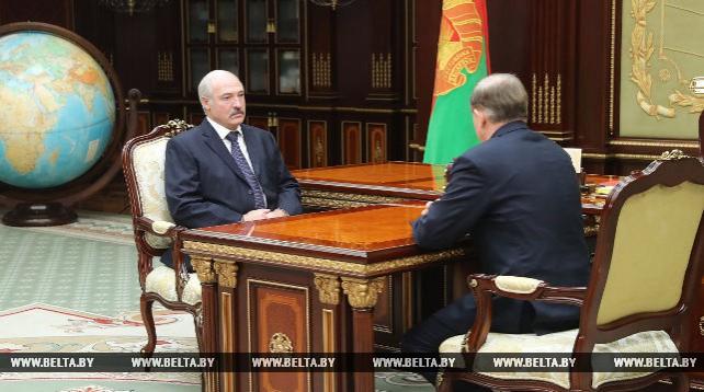 Лукашенко поставил перспективные задачи Управлению делами на 2018 год