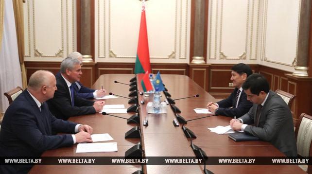 Андрейченко встретился с послом Казахстана