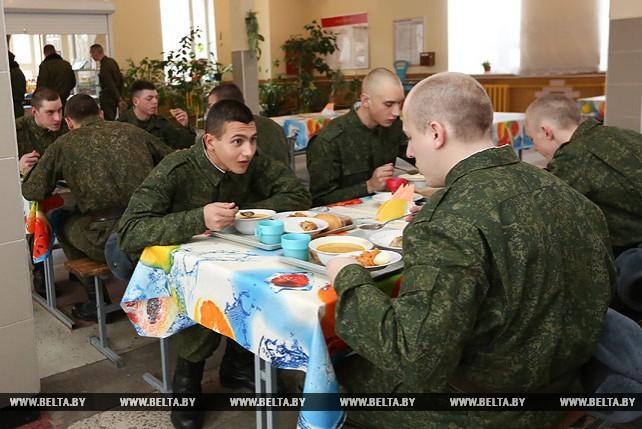 Новое пополнение военнослужащих прибыло в 72-й учебный центр в Печах