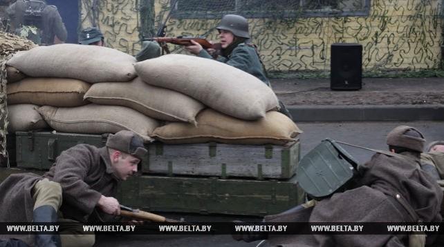 Исторической реконструкцией отметили годовщину освобождения Гомеля от немецко-фашистских захватчиков