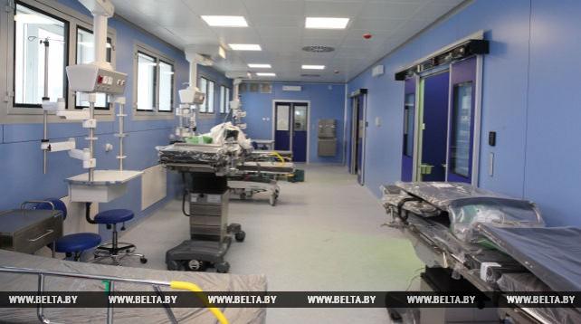 В новом операционном корпусе Могилевского онкодиспансера приступили к монтажу медоборудования