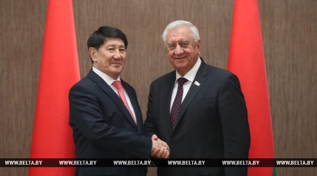 Мясникович встретился с послом Казахстана в Беларуси