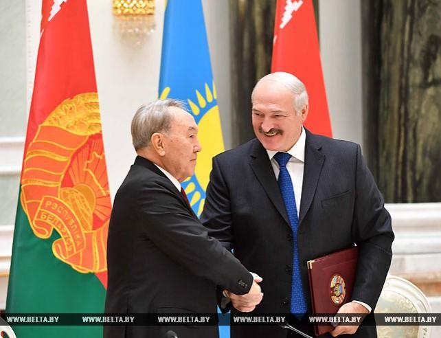 Беларусь и Казахстан подписали договор о социально-экономическом сотрудничестве до 2026 года