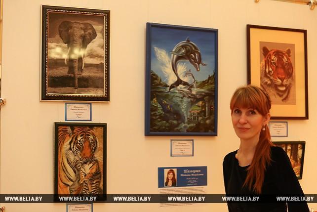 """Выставка работ художников с инвалидностью """"Вдохновение жить"""" прошла в Палате представителей Национального собрания Беларуси"""