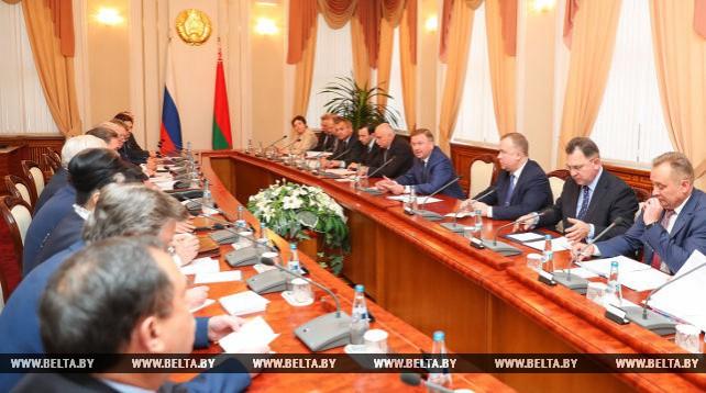 Кобяков встретился с губернатором Курской области