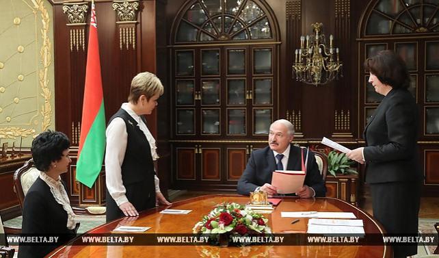 Лукашенко в 2018 году намерен уделить особое внимание общению со студенческими коллективами
