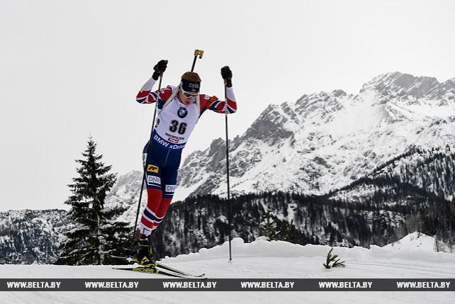 Норвежский биатлонист Йоханнес Бё выиграл спринт на 2-м этапе Кубка мира в Хохфильцене