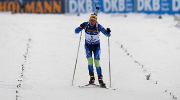 Дарья Домрачева заняла третье место в гонке преследования на этапе КМ в Хохфильцене